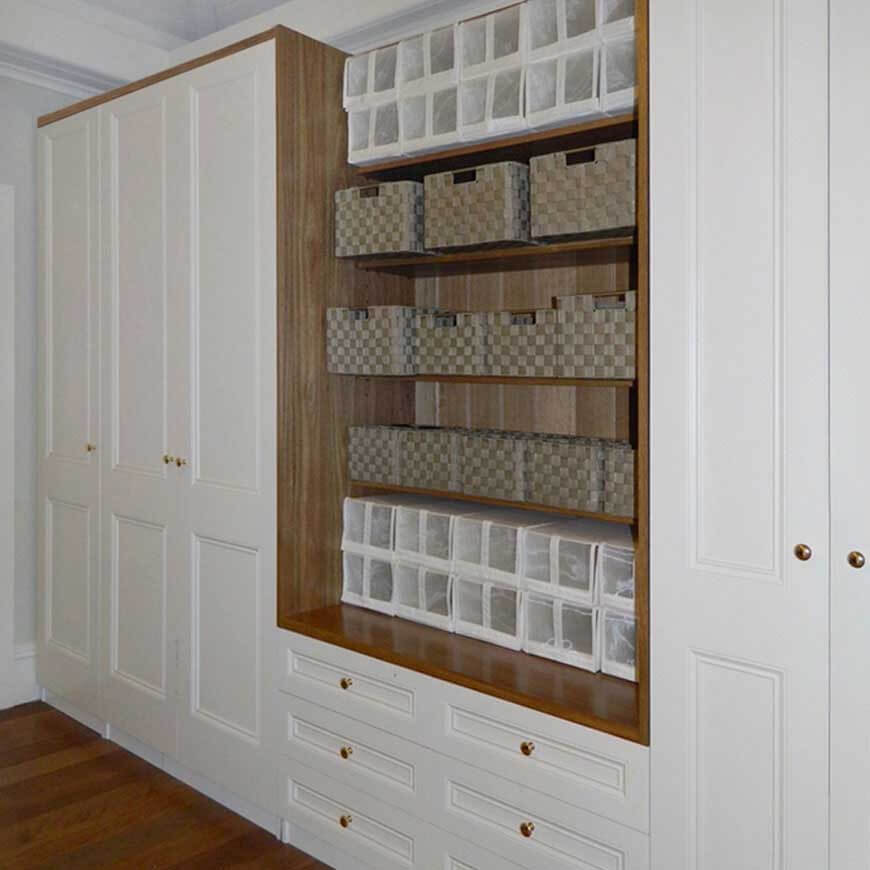 Naturally-Timber-custom-wardrobe-Spotted-Gum-painted-Dulux-Antique-White