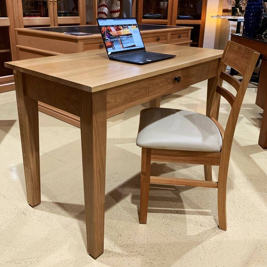 Pencil desk in Natural American Oak
